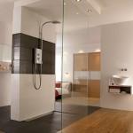 naturalLight303x440 mira shower